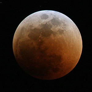 300px-Lunar_eclipse_June_2011_Total